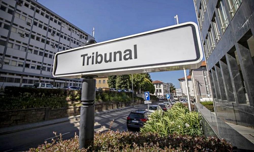Tribunal de Leiria condena homem a pena de expulsão do país por ofensas à integridade