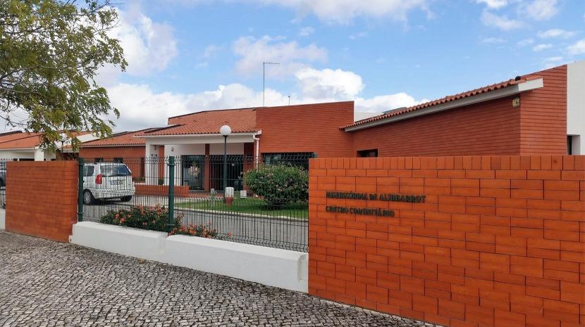 Covid-19: Dois idosos mortos e mais de meia centena de casos positivos em Alcobaça