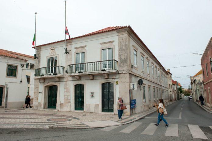 Município de Peniche aprova contas de 2019 com abstenção de PSD e PS