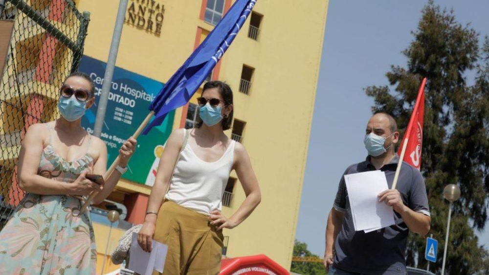 Enfermeiros reclamam descongelamento das carreiras no hospital de Leiria