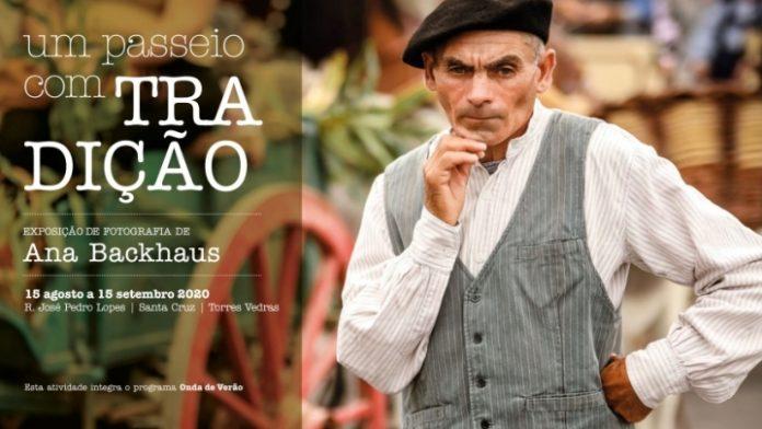 """""""Um passeio com tradição"""", exposição de fotografias do Cortejo Etnográfico"""