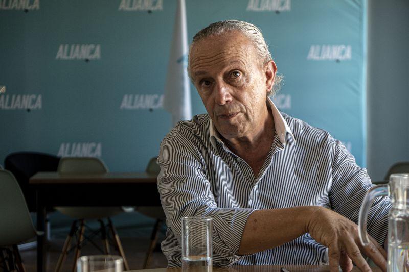 Santana Lopes abandona liderança da Aliança