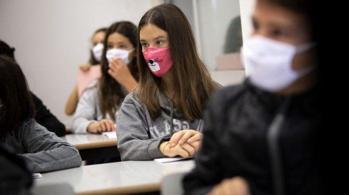 Covid-19: Cinco alunos de escolas da região de Leiria infetados no arranque do ano letivo