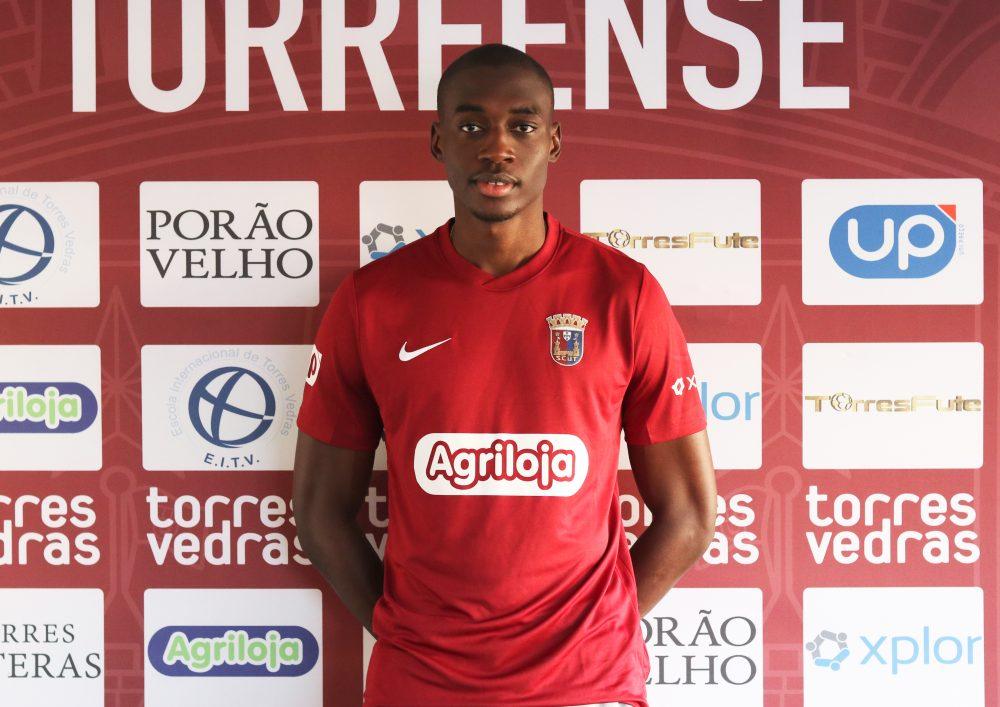 Mamadou Traoré é reforço do Torreense