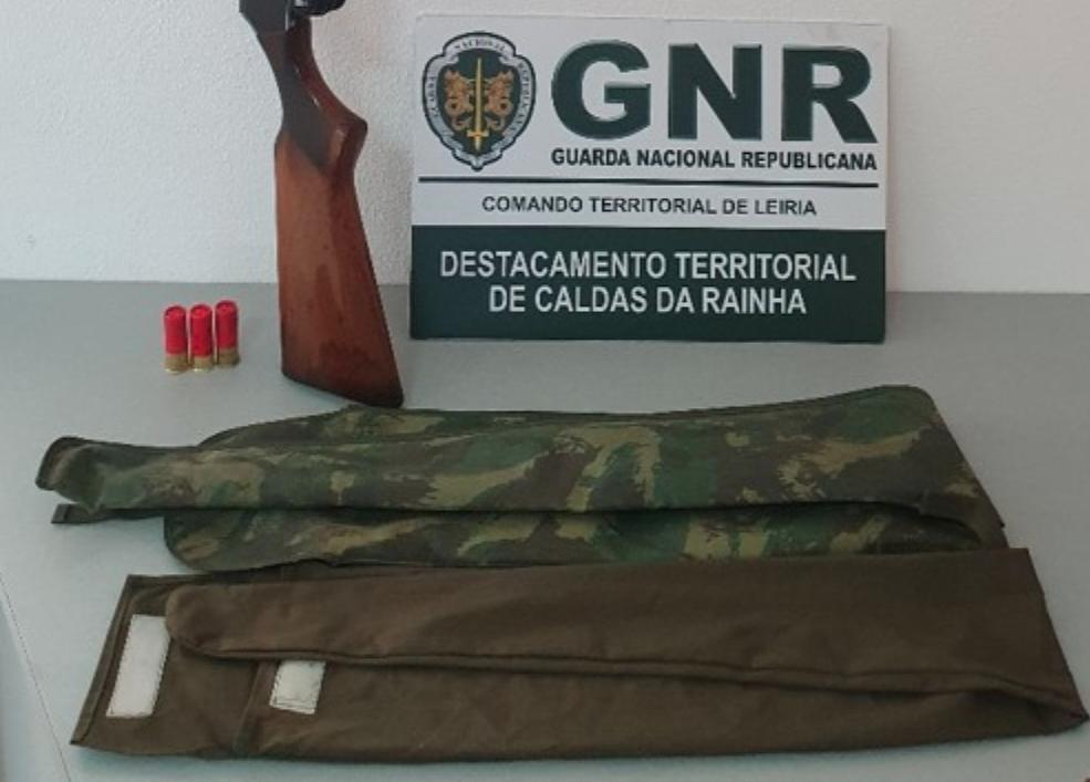 CALDAS DA RAINHA: homem detido por caça ilegal próximo de lar