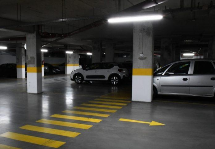 Estacionamento coberto gratuito durante o mês de dezembro