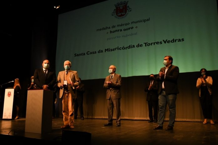 Todos os medalhados na Solene de Celebração do Feriado Municipal de Torres Vedras