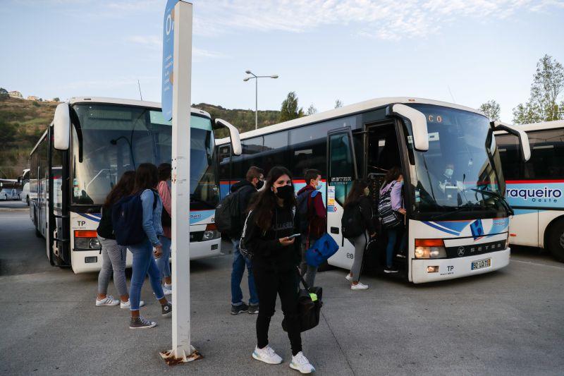 Oeste recebe 600 mil euros para compensar perdas da pandemia nos autocarros