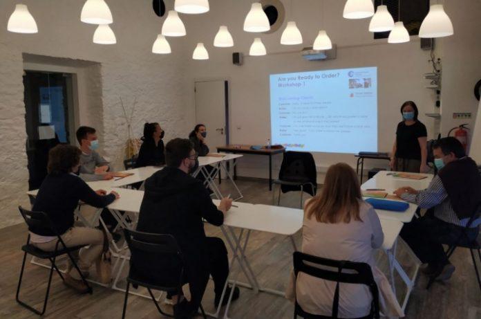 Câmara Municipal dinamizou workshop de inglês para agentes da restauração