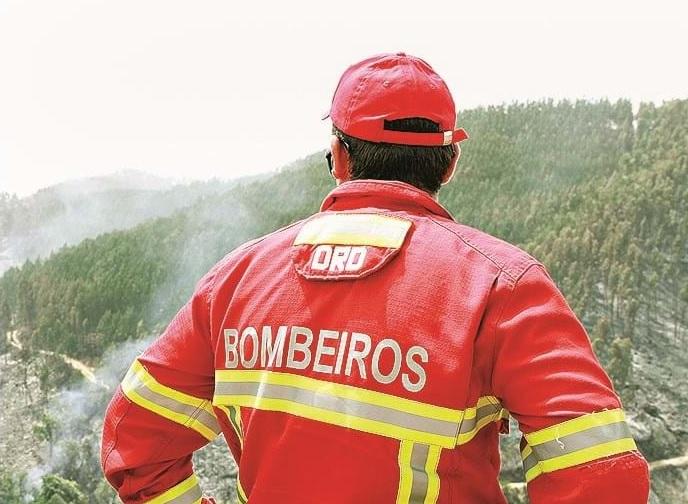 Covid-19: Bombeiros de Torres Vedras com 20 infetados querem ser vacinados
