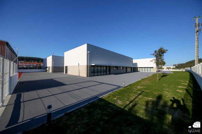 Centro Escolar de Famalicão na Nazaré com abertura prevista após férias da Páscoa