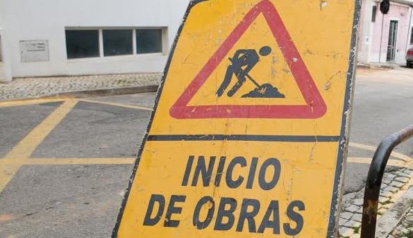 OESTE: Estrada Nacional 247 com obras de repavimentação entre Peniche e Lourinhã