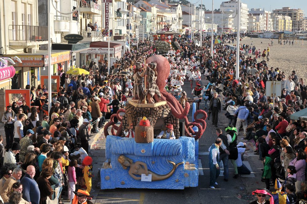 Covid-19: Câmara da Nazaré cancela Carnaval e desincentiva iniciativas populares