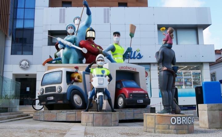 Carnaval de Torres Vedras presta homenagem aos profissionais da linha da frente